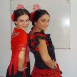 Estudiantes en clase de flamenco